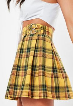 456bc424d8 Missguided - Madison Beer x Missguided Yellow Check Print Pleated Buckle  Detail Mini Skirt Yellow Plaid