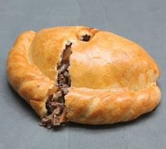 Traditional Cornish Steak Pasty, box of 12 £25.00 - Cornish Pasty by Post - Regular Sized The Chough Bakery, Cornish Pasty, Pasties, cakes, Cornish products, home delivery.