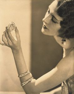 Edward STEICHEN :: actress Kendall Lee with Cartier Jewelry, 1925