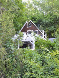 Erdei Kisház projekt teljesítve | juditu Wooden House, Cabin, House Styles, Home Decor, Decoration Home, Room Decor, Cabins, Cottage, Home Interior Design
