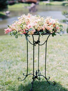 Pretty flowers: http://www.stylemepretty.com/missouri-weddings/st-louis/2015/09/09/romantic-garden-wedding-7/ | Photography: Alison Duffy - http://alisonduffyphotography.com/