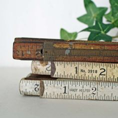 *Vintage  Wood Extension Rulers