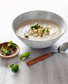 Chef Pete Evans - Indian Spiced Cauliflower soup
