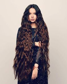 The next Rapunzel for the day is @isvalley    Our site is dedicated to the celebration of beautiful long hair. If you have long hair and would like to be featured on our instagram profile and website please send us a DM with your best hair picture.    #longhair #rapunzel #cabeloslongos #hairdiva #hairmodel #beautifulhair #hairgoals #instahair
