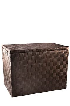 This paper weave trunk is made with natural material. The lid is attached with small metal hinges and finishes off the clean lines of this storage box.<BR><BR><b cm