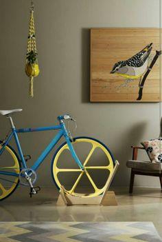"""Las bicis también requieren muebles productdesignresources: """" A great example of…"""