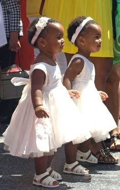 See more about twin girls, twin and girls. Beautiful Black Babies, Beautiful Children, Cute Kids, Cute Babies, Twin Girls, Twin Sisters, Black Kids, Triplets, Little People