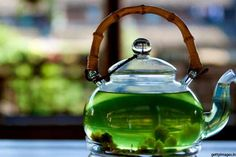 "If you think that ""ordinary"" potion can not regenerate your entire body, you are wrong. In fact, green tea works wonders! It is well known how this drink magical and practical, but did you know that just one cup a day can make a significant change! Green tea is used in China for more than..."