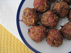 Breakfast Maple Meatballs by @PaleOMG #AIPaleo #nutfree #eggfree