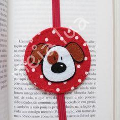 🐶 #bookmark #marcadordelivro #feltro #feltcraft #felt #feltcreations #handmade #caozinho #dog #artesanato #artesanatoemfeltro #feltromania #fieltro #feitoamão #meialuaartesanato