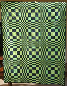 'The Lost Poster' quilt at Angie Quilts. Pattern in 'Triangle Free Quilts' by Judy Hopkins. Weaving Patterns, Quilt Patterns Free, Lost Poster, 3d Quilts, Geometric Quilt, Charm Quilt, Quilting Designs, Quilt Design, Baby Boy Quilts