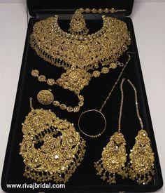 ITEM CODE:0461 Pakistani Bridal Jewelry, Indian Bridal Jewelry Sets, Bridal Jewelry Vintage, Wedding Jewelry Sets, Bridal Jewellery, Bridal Bangles, Wedding Set, Bridal Necklace, Wedding Veils
