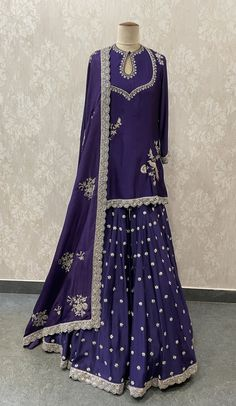 Long Dress Fashion, Fashion Dresses, Indian Wedding Outfits, Indian Outfits, Jayanti Reddy, Sharara, Salwar Kameez, Blouse Designs Silk, Indian Gowns Dresses
