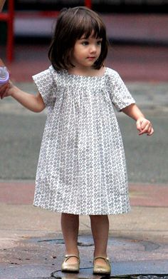 Print shift dress with flats. So simple and adorable.