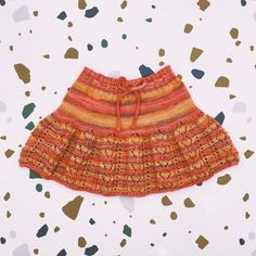 Knit skirt handmade of Van Beren Organic Cotton Yarn for baby girls and toddler. The rip pattern gives a cosy fitting. Cotton Plant, Organic Cotton Yarn, Natural Clothing, Knit Skirt, Knitted Fabric, Boho Shorts, Knits, Hand Knitting, Van