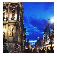 Bleutéé #sansfiltre #nofilter #paris #bigcitylife #urban #street #architecture #skyporn #night #lights #parisian