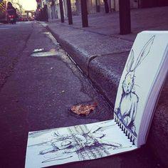 Troqman: el artista de los garabatos que interactúan con su entorno   Quiero más diseño