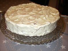 Anne Laila´s verden: Ingeborgs fantastiske iskake Pudding Desserts, Xmas Cookies, Christmas Cooking, Yummy Cakes, Chocolate Cake, Biscuits, Cheesecake, Food And Drink, Cooking Recipes