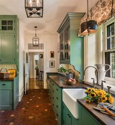 How to Add a Bit of Kitchen Color - Town & Country Living