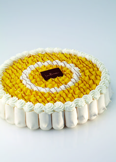 Delicata alla crema Cheesecake Decoration, Dessert Decoration, Opera Cake, French Patisserie, Individual Cakes, Pastry Art, French Desserts, Beautiful Desserts, Baking And Pastry