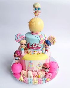 LOL surprise dolls 2 tiers cake for Ashleys birthday Doll Birthday Cake, Funny Birthday Cakes, Birthday Ideas, Funny Cake, 5th Birthday, Lol Doll Cake, 2 Tier Cake, Surprise Cake, Doll Party
