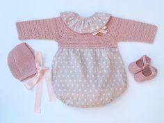 Baby Clothing Set: Romper Collar Bonnet And von MarigurumiShop