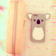 I want that phone case!