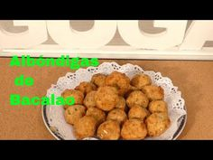 COMO HACER ALBONDIGAS DE BACALAO Videotutorial 🎈🐟 - YouTube Cereal, Muffin, Breakfast, Ethnic Recipes, Youtube, Food, Cod, Cooking Recipes, Morning Coffee