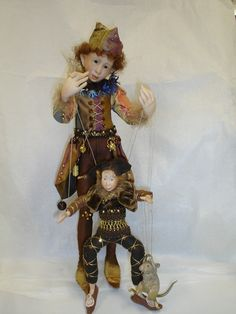 http://www.dreamdollsgallery.com/other%20dolls/artists/WALKBESIDE.jpg