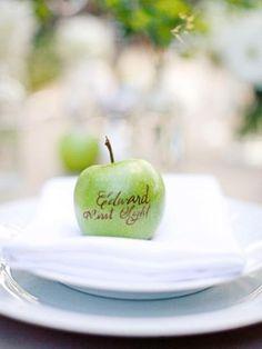 Wedding Ideas: 20 Edible Reception Name Cards - MODwedding Mod Wedding, Wedding Table, Fall Wedding, Wedding Ideas, Wedding Seating, Wedding Favors, Twilight Wedding, Beautiful Table Settings, Party Entertainment