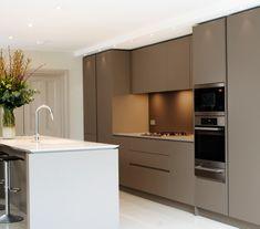 Open Plan Handleless Kitchen - Insight / Image By Neil Norton Design Kitchen Wall Units, Dark Kitchen Cabinets, Small Space Kitchen, Kitchen Island, Beige Kitchen, Kitchen Colors, New Kitchen, Kitchen Ideas, Luxury Kitchen Design