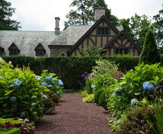 Where we got engaged - Gardens at Princeton University Princeton Campus, Princeton University, Secret Gardens, Courtyards, My Happy Place, Dream Garden, Colleges, Wonderful Places, Art Reference