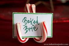 industrious justice: How: Candy Cane Place Card Holders.perfect for this years Christmas party! Christmas Place, Christmas Hacks, Christmas Brunch, All Things Christmas, Winter Christmas, Christmas Holidays, Christmas Decorations, Christmas Candy, Christmas Buffet