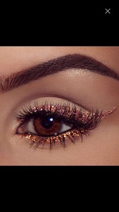 42 Glitter Eye Shadow Ideas - The shiny makeup is all the rage. The eye makeup . - 42 Glitter Eye Shadow Ideas – The shiny makeup is all the rage. The eye makeup with twinklinginy - Makeup Eye Looks, Eye Makeup Art, Smokey Eye Makeup, Makeup For Brown Eyes, Makeup Inspo, Eyeshadow Makeup, Makeup Style, Makeup Inspiration, Makeup Ideas