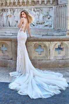 Wedding dress from the Galia Lahav Ivory Tower Haute Couture collection. Most Beautiful Wedding Dresses, 2016 Wedding Dresses, Wedding Dress Trends, Stunning Dresses, Bridal Dresses, Wedding Gowns, Dresses 2016, Bridal Reflections, Lace Beach Wedding Dress