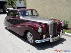 Hooper Rolls-Royce Silver Cloud I Empress Saloon SWA64 1956 01
