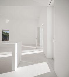 House Melides, Portugal | Manuel Aires Mateus / SIA Arquitectura | photo © Fernando Guerra, FG+SG Architectural Photography