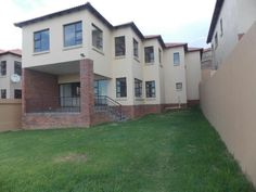 MODERN HOUSE IN SECURE ESTATE - A MUST TO VIEW! | Alberton | Gumtree South Africa | 110416909
