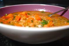 Sopa marroquina de lentilhas vermelhas