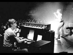 David Bowie/Iggy Pop live 1977 Birmingham (audio) - YouTube