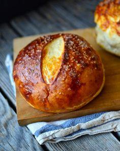 Yammie's Noshery: Pretzel Bread Bowls