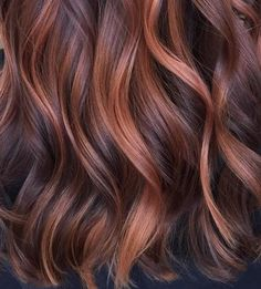 Rose gold hair can be seriously damaging on dry, fall hair. Here's a more su… Rose gold hair can be seriously damaging on dry, fall hair. Here's a more subtle way to try the trend. Balayage Hair Blonde, Ombre Hair, Brown Balayage, Rose Gold Balayage Brunettes, Copper Balayage Brunette, Fall Balayage, Ombre Brown, Blonde Ombre, Dark Brown