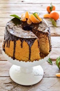 My Dessert, Dessert Recipes, Desserts, Torta Chiffon, Types Of Sponge Cake, 50th Cake, Sweet Corner, American Cake, Light Cakes