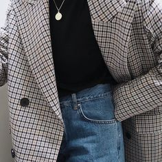 Style goals right now: get a checked/khaki/gingham print blazer. Live.