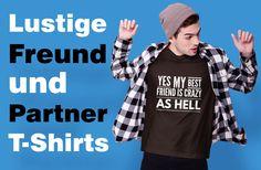 Ja, mein bester Freund/beste Freundin ist verrückt. Lustiger und humorvoller Spruch auf deinem coolen T-Shirt. Eignet sich als optimale Geschenkidee für deine beste Freundin und BFF. My Best Friend, Best Friends, Pullover, I Am Awesome, Tank Tops, Sports, Women, Fashion, Funny Friendship