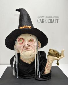 Halloween Witch for Cake & Bake Show 2014 - Cake by Janette McPherson Cake Craft Halloween Torte, Bolo Halloween, Halloween Wedding Cakes, Theme Halloween, Halloween Christmas, Halloween Treats, Horror Cake, Cake And Bake Show, Cake Toppers