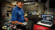 Customize a RAZR driver with Callaway's new udesign system.