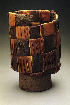 Dorothy Gill Barnes  http://contemporarybasketry.blogspot.com/#