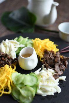 [오이선 샐러드] 남편생일상메뉴로 좋은! : 네이버 블로그 Korean Food, Salad, Beef, Baking, Tableware, Ethnic Recipes, Kitchen, Cook, Good Food