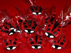 Ladybug Chocolate Covered Oreos
